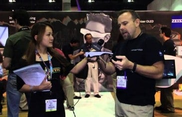 Reina Tries the Cinemizer OLED – E3 2013